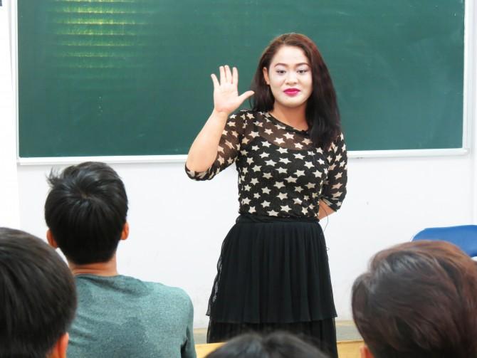 Ths. Giáo dục học Chế Dạ Thảo chia sẻ cách xác định nghề nghiệp cho các bạn học sinh.