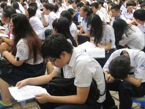 Học sinh thi vào lớp 10 năm học 2014 - 2015