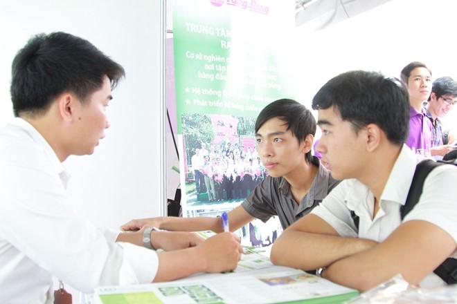 Sáng mai, 31.7, ĐH Kinh tế TPHCM sẽ có ngày hội tư vấn tuyển sinh 2015